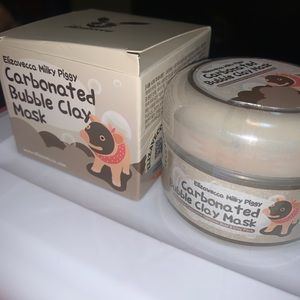 Bubbling Piggy Clay Mask